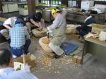 興味津々木鉢作り3.jpg