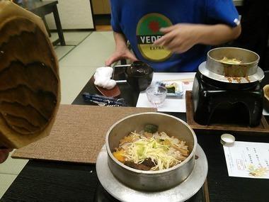松茸の釜飯.jpg