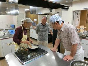 蕎麦掻き調理中.JPG