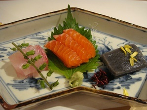 御造り 旬の魚二種盛り合わせ 手造り蒟蒻.jpg