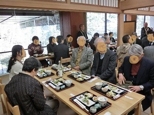 深大寺蕎麦を味わう会風景.JPG