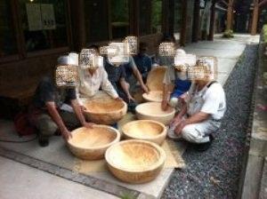 興味津々さん木鉢2.jpg